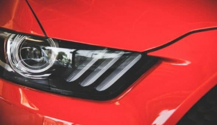 Comment enlever la résine sur une voiture ?